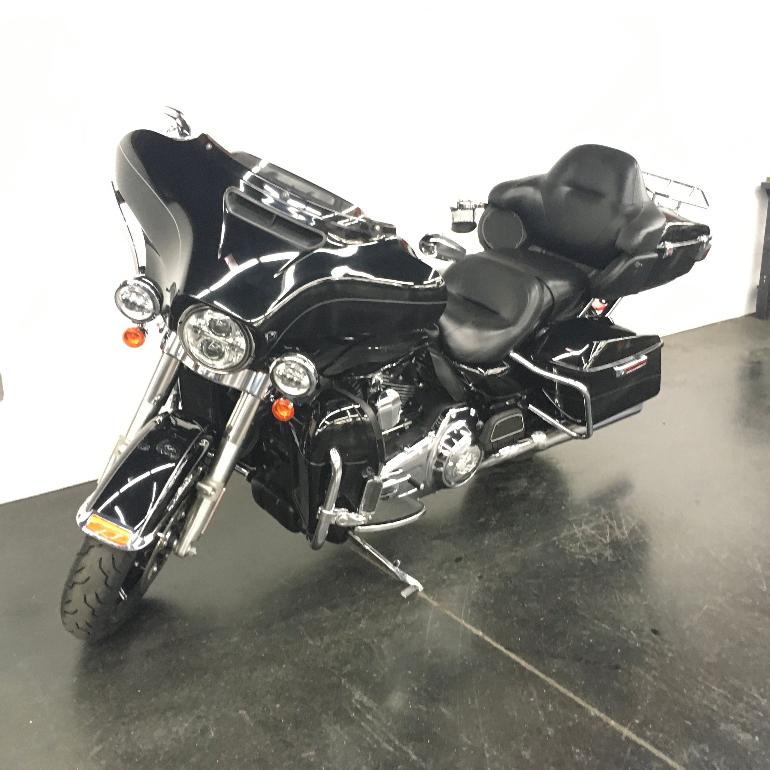 Pre-Owned 2014 Harley-Davidson Ultra Limited in Tucson # ...